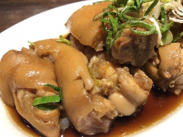 奄美大島の郷土料理・豚足煮込み