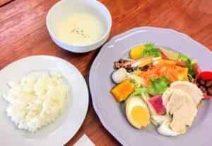 富山県高岡市に移住、ランチにお野菜