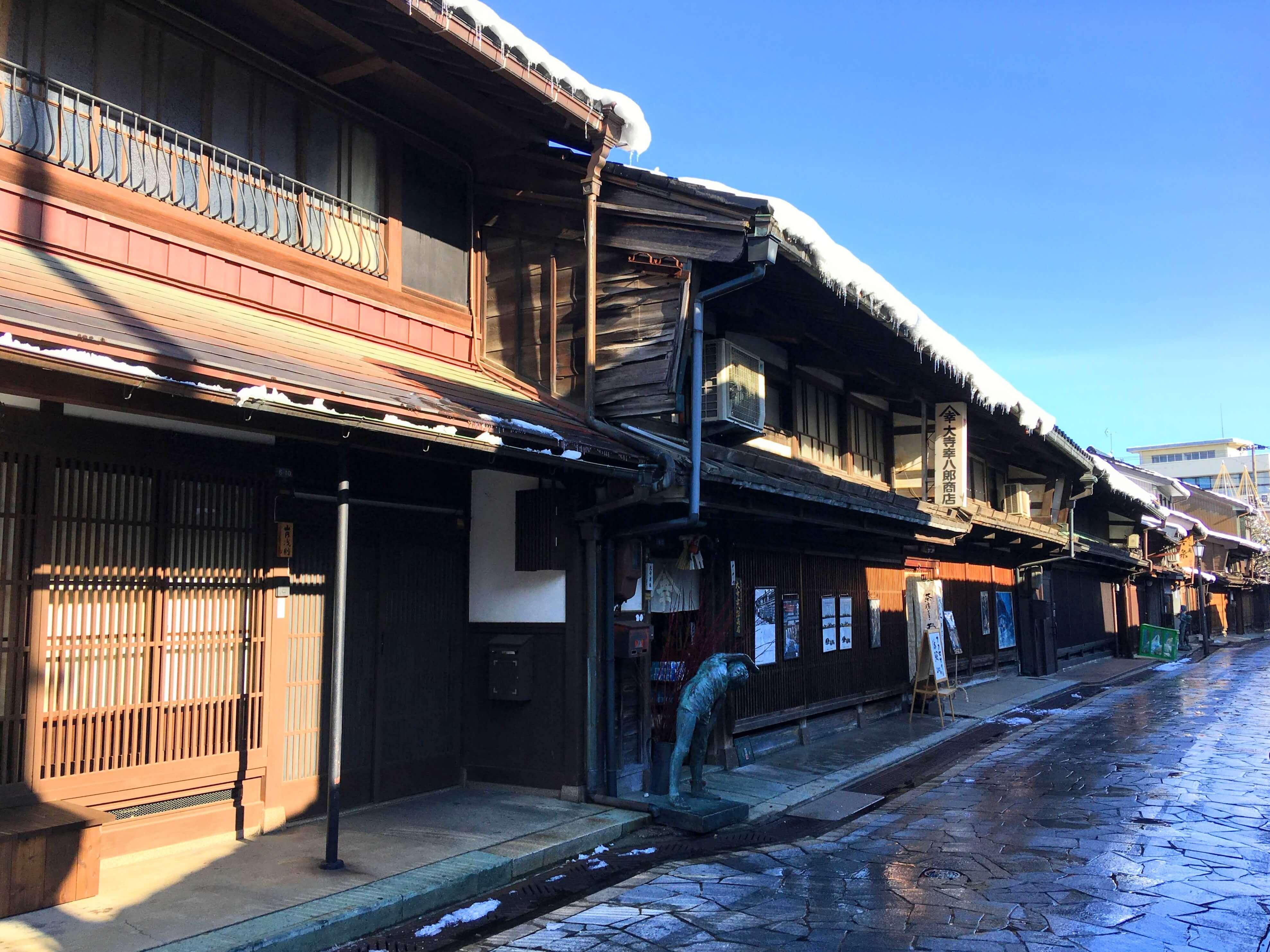 富山県高岡市に移住、金屋町のレトロな街並み