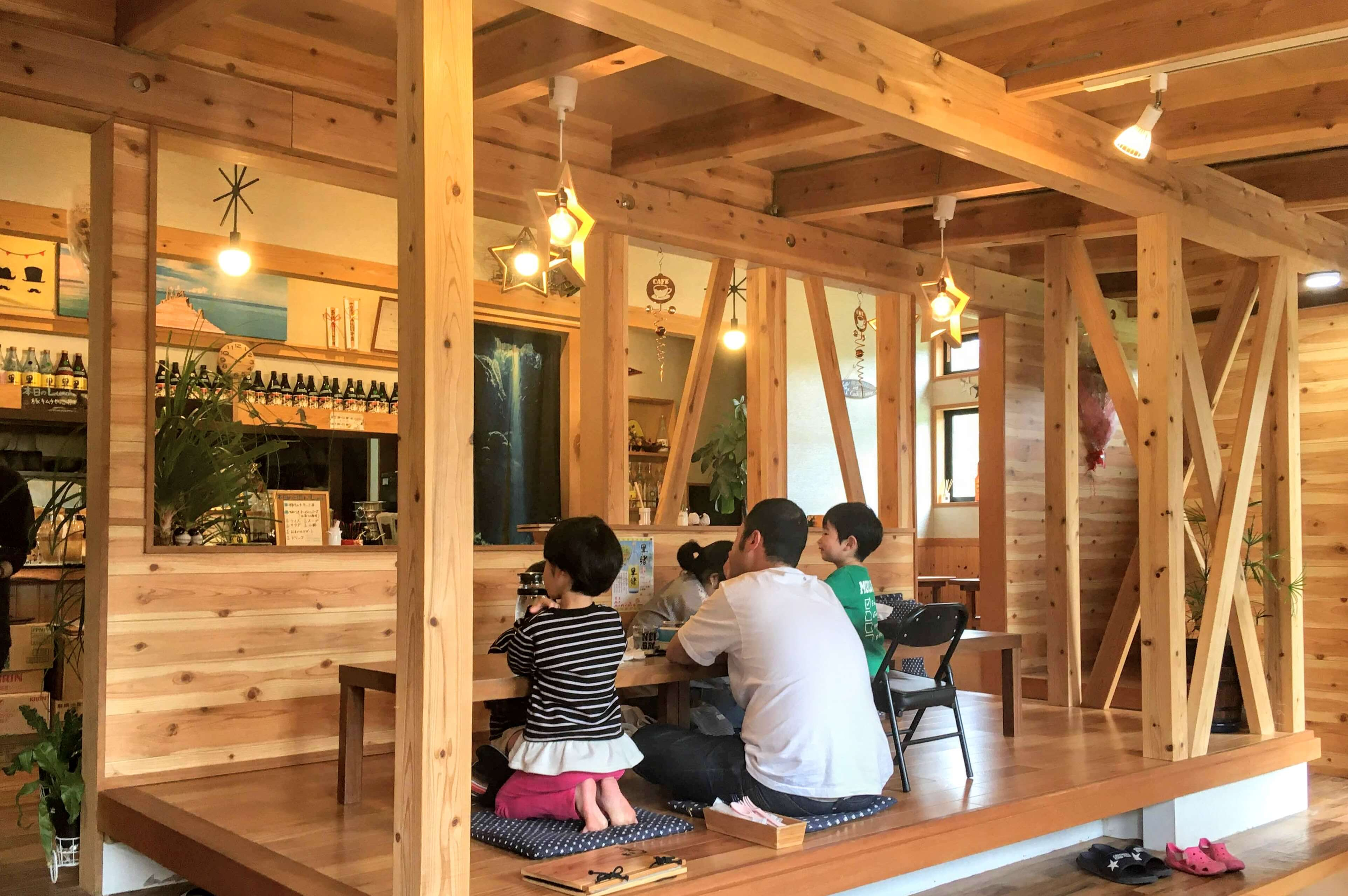 奄美大島龍郷でランチ・ディナーできるPADA