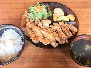 奄美大島龍郷でランチ・ディナーできるPADAのチキン南蛮