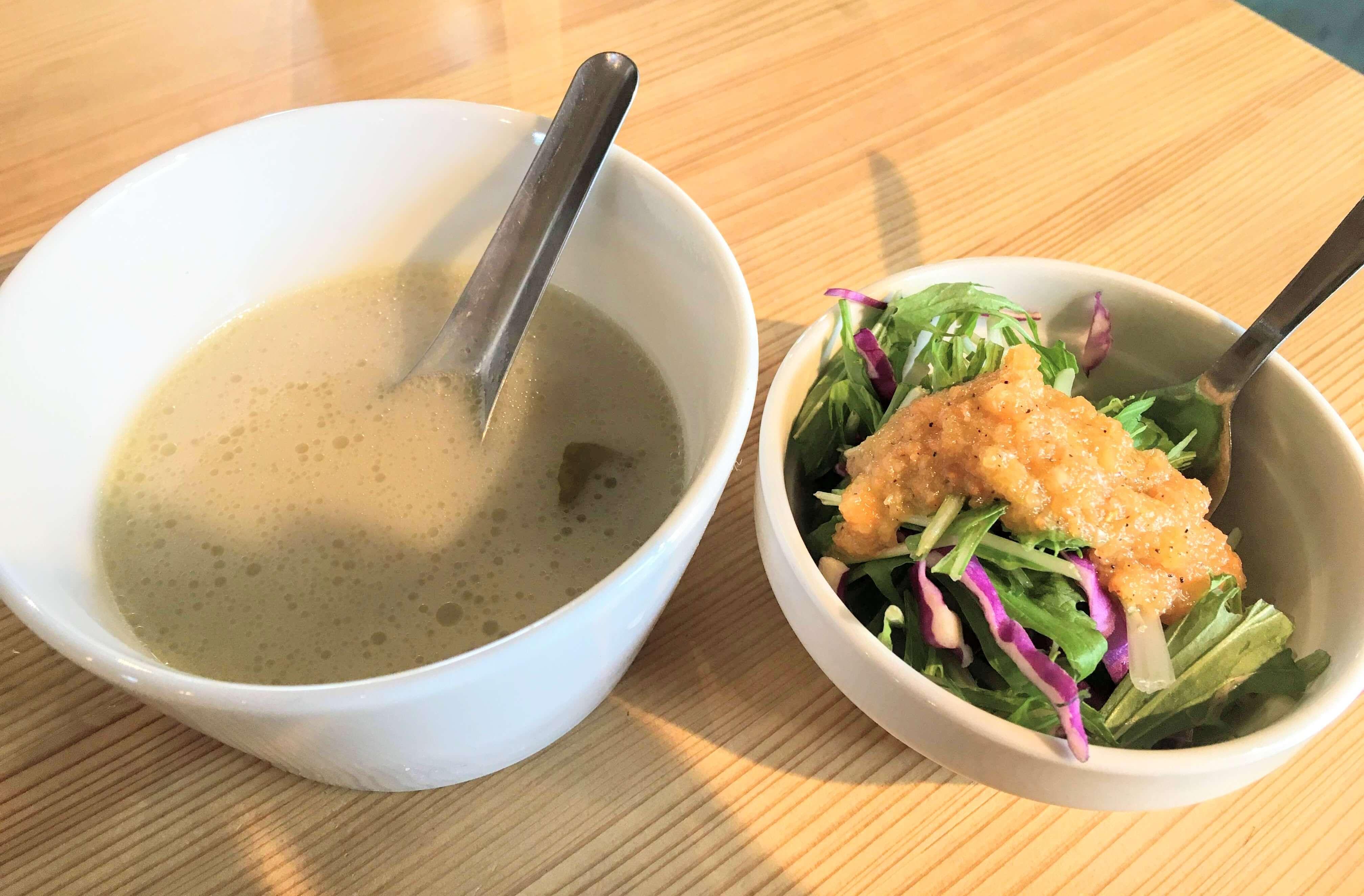 奄美大島Koyaのスープとサラダ