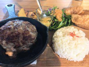 奄美大島Koyaのハンバーグ定食